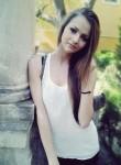 Alma , 27  , Trzebiatow
