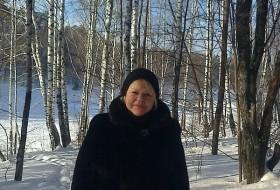 Galina , 70 - Just Me