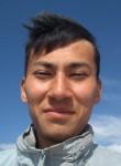 Oleg, 19  , Bishkek