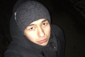 Asad, 27 - Just Me