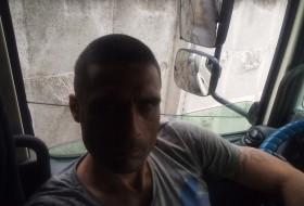 Vitaliy , 38 - Just Me