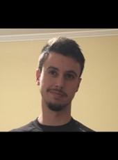 Alberto, 27, Spain, Arenys de Munt