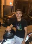 Ben, 21, Tel Aviv