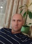 Roman, 37  , Gatchina