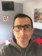 Toureille, 42, France, Nimes