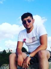 Berkant, 18, Turkey, Adapazari