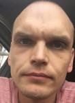 Igor, 35  , Moscow