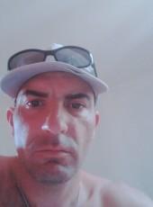 Cédric, 43, France, Chinon