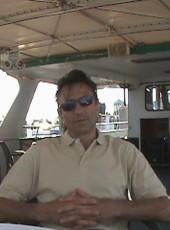 YURIY, 59, United States of America, New York City