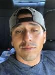 Alberto , 29  , San Diego