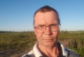 Vladimir, 46 - Just Me