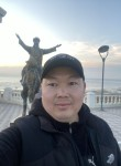 Erbol, 41, Almaty