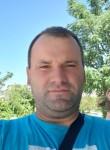 Sokol, 37  , Tirana