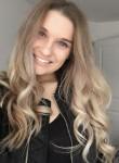 madelaine, 20  , Saint Neots