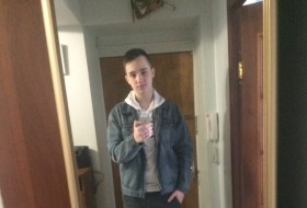 Ivan, 19 - Just Me
