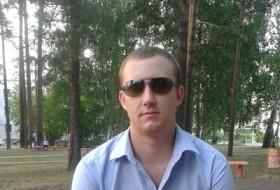 Anton, 33 - Just Me