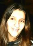 Justine, 22  , Triel-sur-Seine