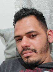 Gustavo, 30, United States of America, Wilmington (State of Delaware)