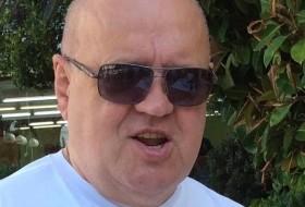 mikhail, 68 - Just Me