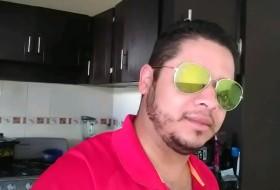 Marco Antonio, 31 - Just Me