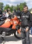 Makh, 34, Zary