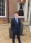aston, 18  , Thatcham