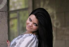 Elena, 29 - Just Me