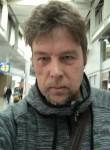Pinoller, 53, Gatchina
