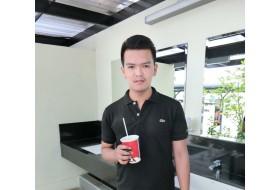 pae Thunwa, 24 - Just Me
