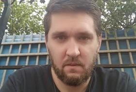Aleks, 36 - Just Me