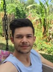 Yuşaynl, 20, Türkiye Cumhuriyeti, İstanbul