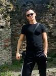 Maksim, 32  , Tumba