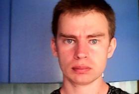 Dmitriy, 32 - Just Me