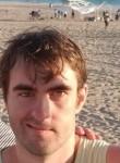 Kevin, 29, El Segundo