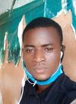 Sami, 18  , Libreville