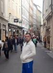 Naser, 41  , Pristina