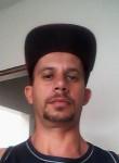 Gleidson, 40  , Brasilia
