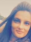 Johanna, 23  , Combourg
