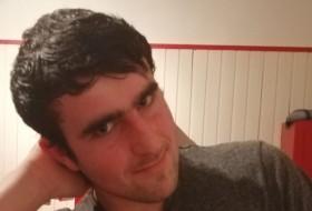 Thomas, 20 - Just Me