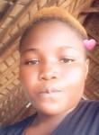 Tash, 20  , Conakry