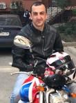 Aleksandr, 31, North York