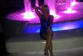Valentina, 59 - Just Me