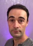 Julien, 31  , Brest