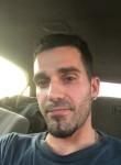 Roger, 37, Toronto