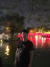 Duc Vu, 24, Vietnam, Hanoi