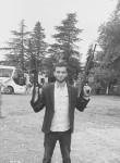 luka, 19  , Zugdidi