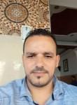 Hassan, 38  , Rabat