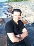 Valeriy, 46, Kaliningrad