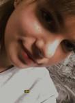 Alisa, 18  , Skole