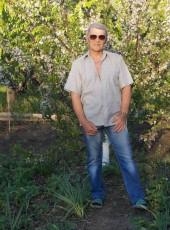 Aleksandr, 57, Ukraine, Luhansk
